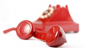 Teléfono rojo.