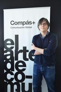 Santiago Cabrera se incorpora compas comunicacion